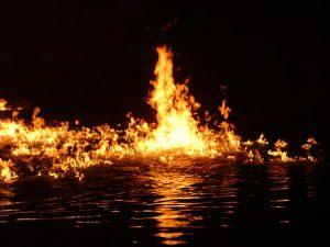 Может ли вода гореть?