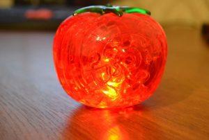 Светящийся помидор