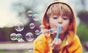 Мыльные пузыри: взаимодействие материалов и «физика низких температур»